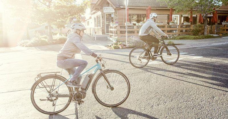 Vélo électrique GT eTraffic AMP Step-Thru WMN Bleu - 2