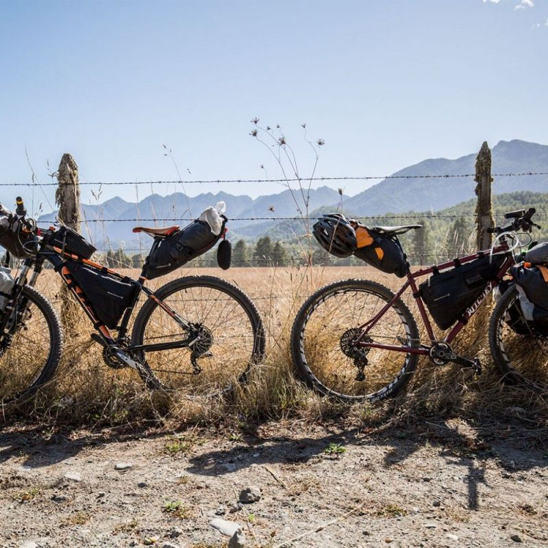 Sacoche de cadre bikepacking Blackburn Outpost M - 4,3/5,8 L Noir - 4