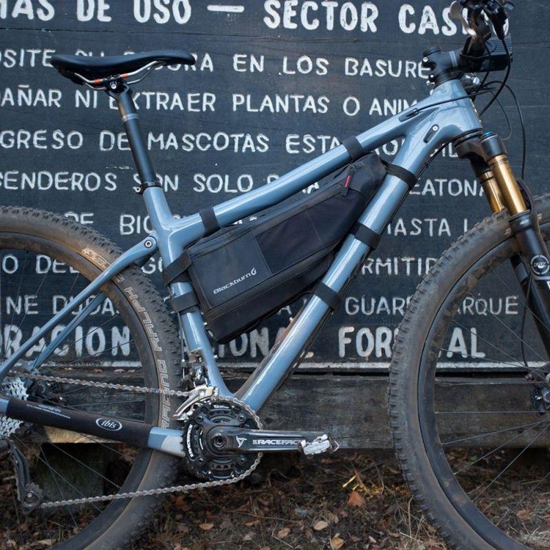 Sacoche de cadre bikepacking Blackburn Outpost L - 5,25/6,95 L Noir - 6