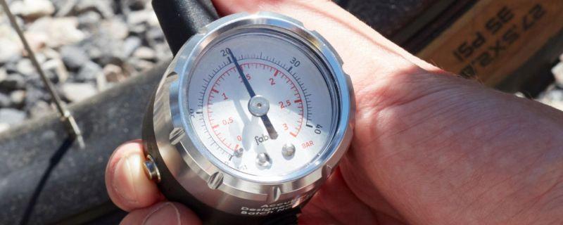 Manomètre Fabric Accubar spécial basses pressions - 3