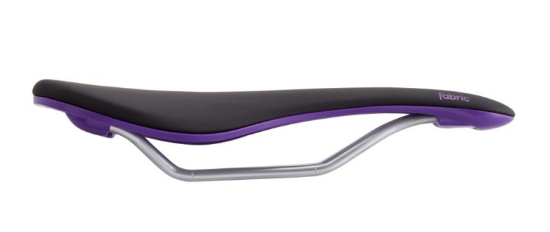 Selle Fabric Scoop Flat Elite 142 mm Noir/Violet