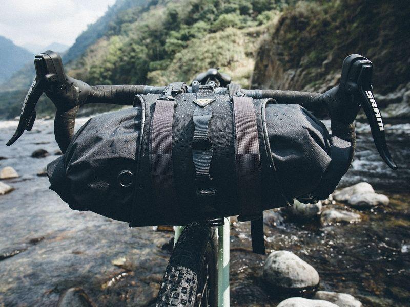 Sacoche de guidon Bikepacking Topeak FrontLoader 8 L Noir - 4