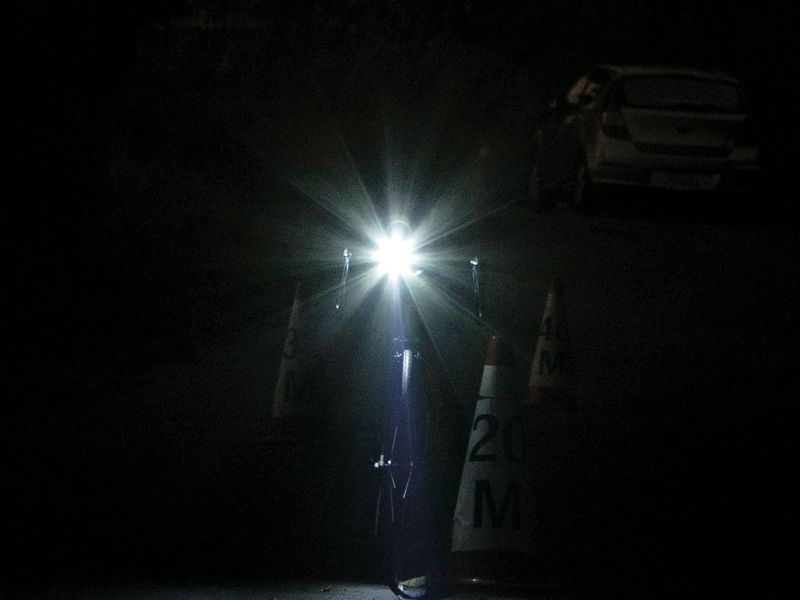 Éclairage avant Topeak WhiteLite HP Focus Noir - 2