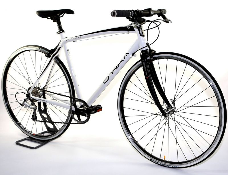 Vélo fitness ORKA Fit 300 9V fourche carbone