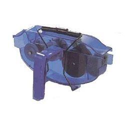 Nettoyeur de chaîne avec réservoir
