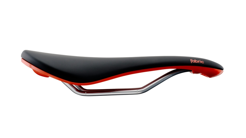 Selle Fabric Scoop Shallow Elite 142 mm Noir/Rouge