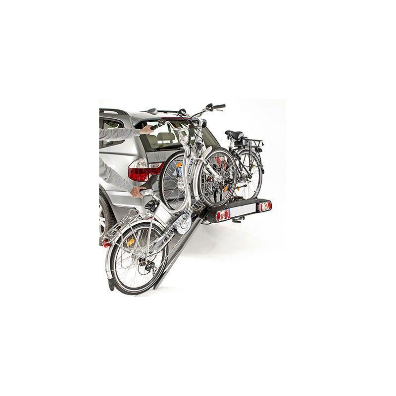 Porte-vélo sur attelage pour VAE avec rampe